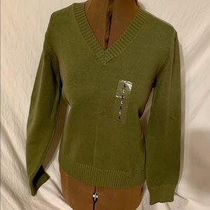 Route 66 New Oliver green long sleeve Lg sweater